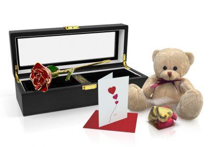 Red-TT-Rose-Gift-Set